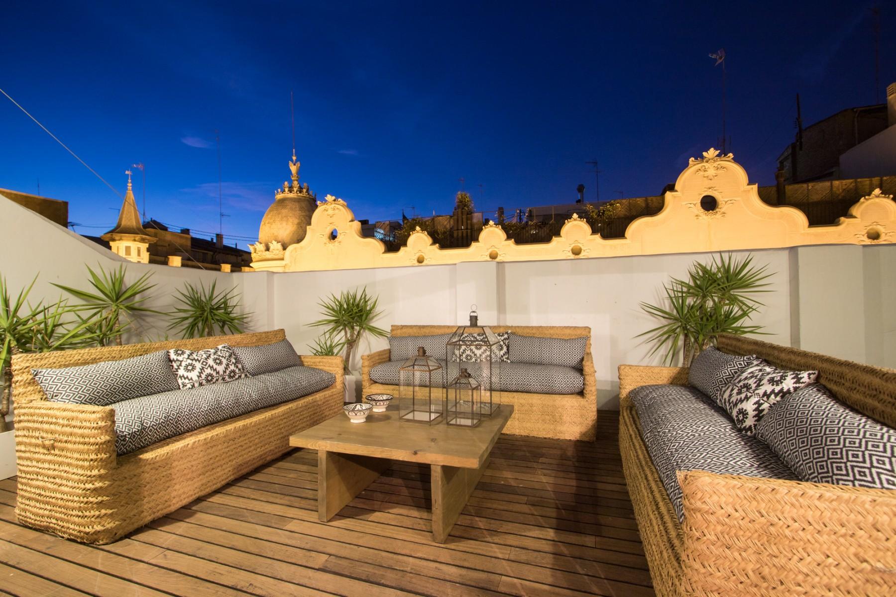 Apartamentos en valencia ciudad tico alma for Decoradores e interioristas en valencia