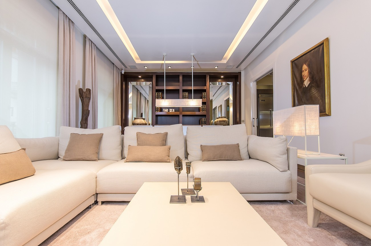 Alma Palace - Apartments in Valencia